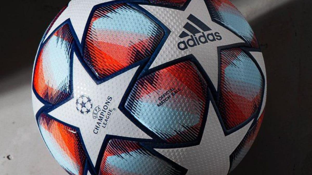 Champions League, i tifosi del Borussia svegliano il City con i fuochi d'artificio