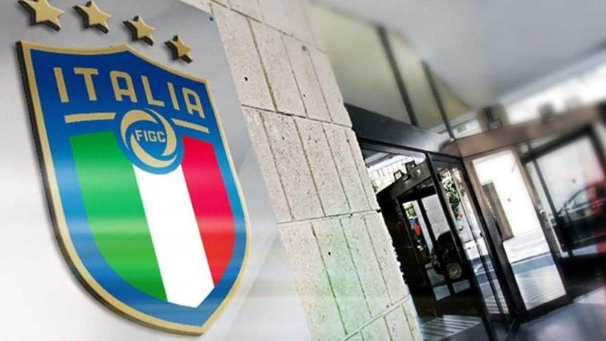 FIGC, arriva l'ok dal Consiglio per il doppio tesseramento calciatore-arbitro